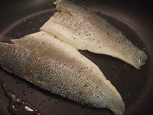 fish skins up